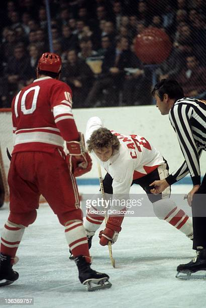 Bobby Clarke of Canada readies for the faceoff with Aleksandr Maltsev of the Soviet Union during the 1972 Summit Series at the Luzhniki Ice Palace in...