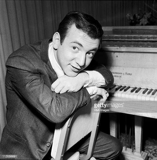 Bobby Darin posed 1960