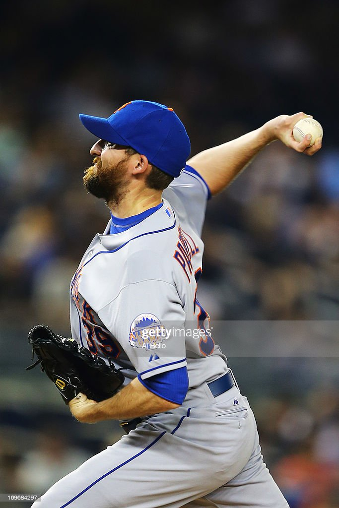 <a gi-track='captionPersonalityLinkClicked' href=/galleries/search?phrase=Bobby+Parnell&family=editorial&specificpeople=5530596 ng-click='$event.stopPropagation()'>Bobby Parnell</a> #39 of the New York Mets pitches against the New York Yankees during their game on May 30, 2013 at Yankee Stadium in the Bronx borough of New York City