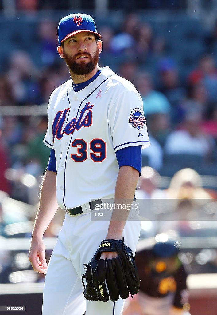 <a gi-track='captionPersonalityLinkClicked' href=/galleries/search?phrase=Bobby+Parnell&family=editorial&specificpeople=5530596 ng-click='$event.stopPropagation()'>Bobby Parnell</a> #39 of the New York Mets walks off the field after the eighth inning against the Pittsburgh Pirates on May 12, 2013 at Citi Field in the Flushing neighborhood of the Queens borough of New York City.