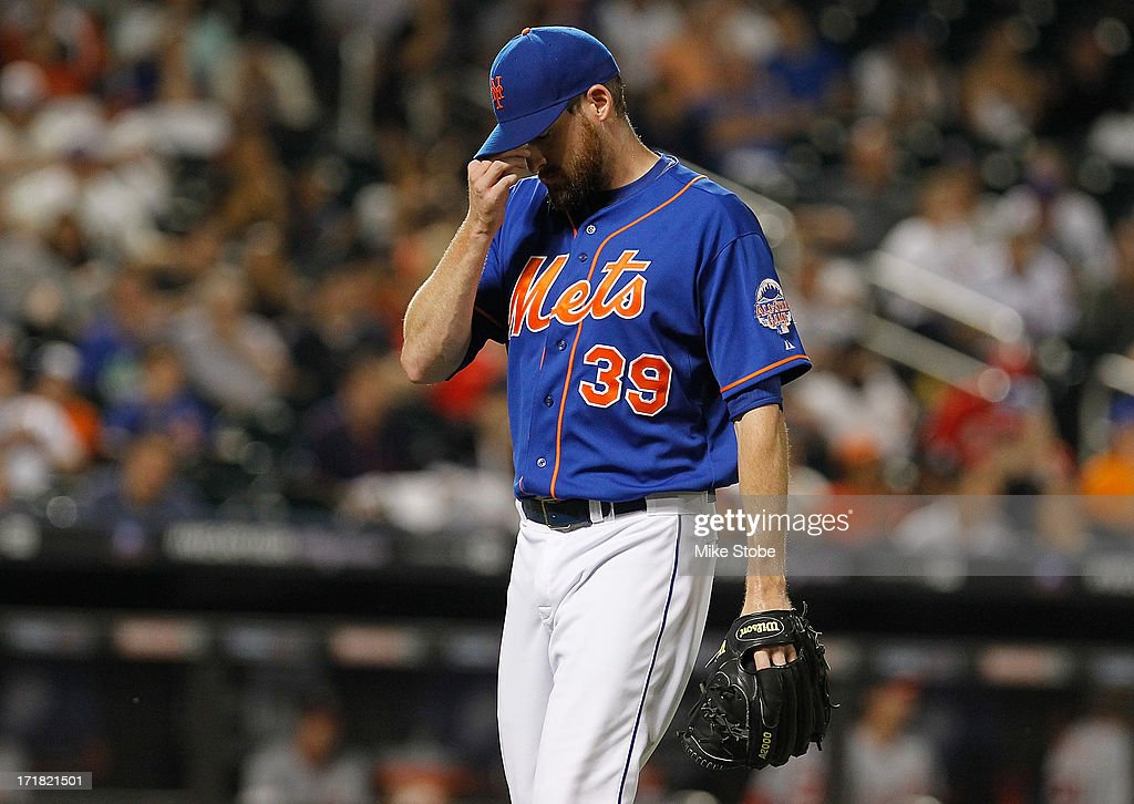 <a gi-track='captionPersonalityLinkClicked' href=/galleries/search?phrase=Bobby+Parnell&family=editorial&specificpeople=5530596 ng-click='$event.stopPropagation()'>Bobby Parnell</a> #39 of the New York Mets walks off the mound after giving up two runs in the ninth inning against the Washington Nationals at Citi Field on June 28, 2013 at Citi Field in the Flushing neighborhood of the Queens borough of New York City. Nationals defeated the Mets 6-4.