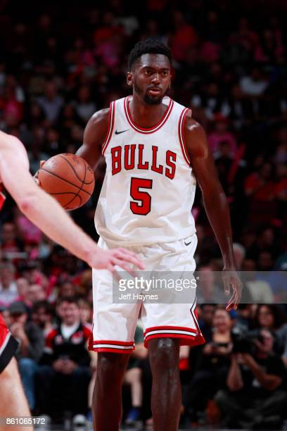 Bobby Portis of the Chicago Bulls handles the ball against the Toronto Raptors on October 13 2017 at the United Center in Chicago Illinois NOTE TO...