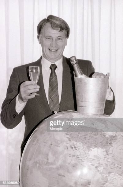 Bobby Robson England Manager celebrates after securing qualification for the 1986 World Cup finals after a 50 over Turkey the previous day October...