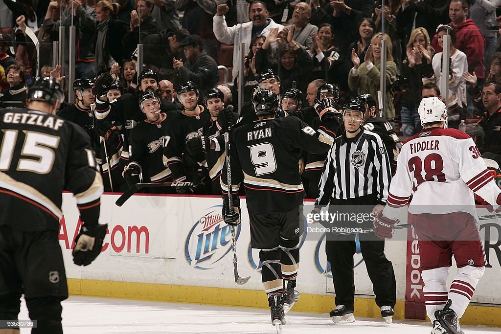 Bobby Ryan of the Anaheim Ducks celebrates a goal against the Phoenix Coyotes during the game on November 29 2009 at Honda Center in Anaheim...