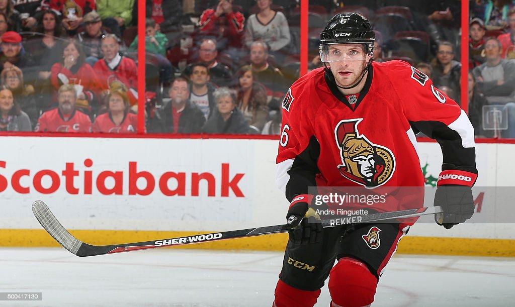 Bobby Ryan of the Ottawa Senators skates against the New York Islanders at Canadian Tire Centre on December 5 2015 in Ottawa Ontario Canada