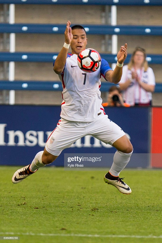 <a gi-track='captionPersonalityLinkClicked' href=/galleries/search?phrase=Bobby+Wood&family=editorial&specificpeople=8229074 ng-click='$event.stopPropagation()'>Bobby Wood</a> #7 of USA attempts to navigate away from the Bolivia defender late in the first half of the COPA America Centenario USA 2016 on May 28, 2016 at Children's Mercy Park in Kansas City, Kansas.