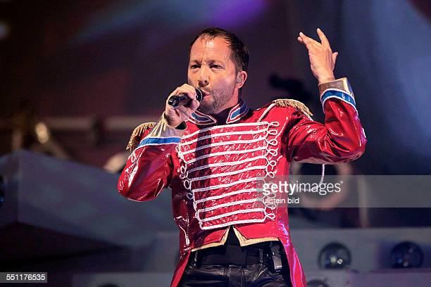 DJ Bobo gastiert mit seiner Frau Nancy auf seiner 'Circus'Tour in der LanxessArena Köln