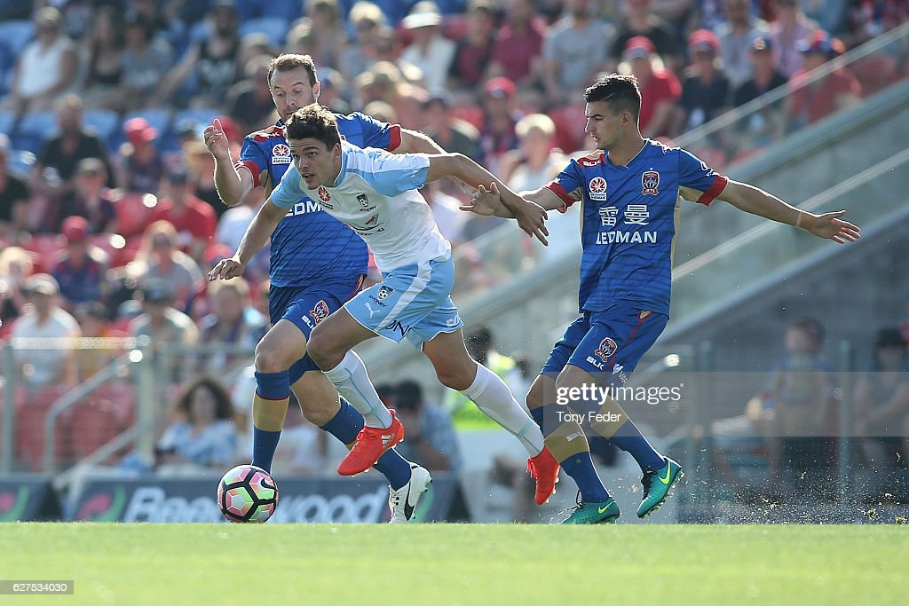 A-League Rd 9 - Newcastle v Sydney