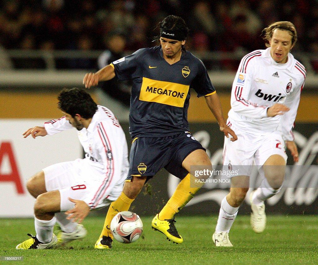 Boca Juniors midfielder Ever Banega C