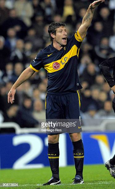 Boca Junior's striker Martin Palermo gestures during a Copa Sudamericana 2009 soccer match against Velez Sarsfield on September 16 2009 in Buenos...