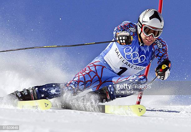 Bode Miller in action during the men's giant slalom 1st run for the Salt Lake 2002 Winter Olympics 21 February 2002 at Park City AFP PHOTO/DON EMMERT