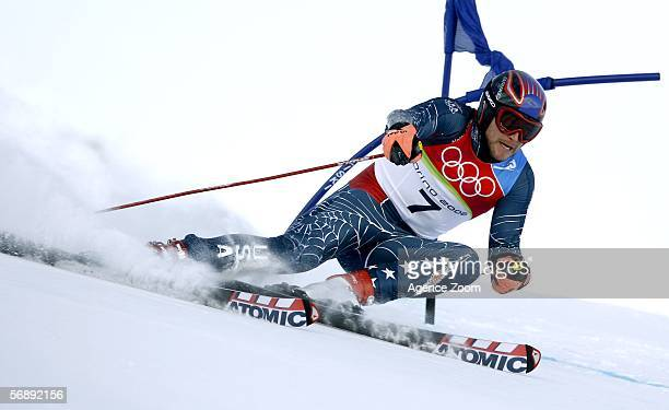 Bode Miller of the United States of America competes in the Mens Alpine Skiing Giant Slalom competition on Day 10 of the 2006 Turin Winter Olympic...