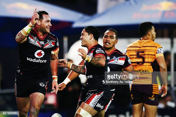 Bodene Thompson of the Warriors celebrates his try during the round 13 NRL match between the New Zealand Warriors and the Brisbane Broncos at Mt...