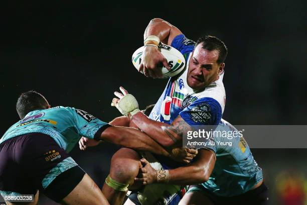 Bodene Thompson of the Warriors on the charge during the round 12 NRL match between the New Zealand Warriors and the Brisbane Broncos at Mt Smart...