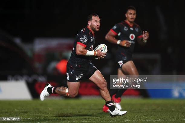 Bodene Thompson of the Warriors runs the ball during the round two NRL match between the New Zealand Warriors and the Melbourne Storm at Mt Smart...