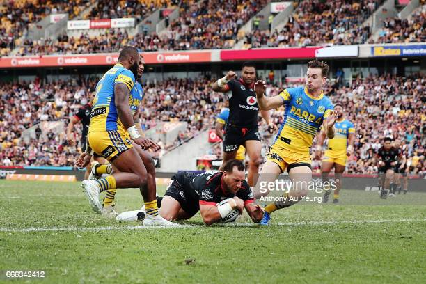 Bodene Thompson of the Warriors scores a try during the round six NRL match between the New Zealand Warriors and the Parramatta Eels at Mt Smart...