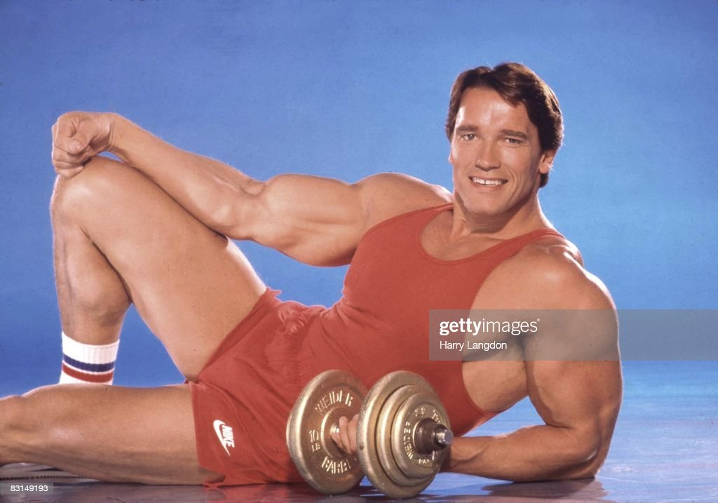 Body builder, actor and future Governor of California <a gi-track='captionPersonalityLinkClicked' href=/galleries/search?phrase=Arnold+Schwarzenegger&family=editorial&specificpeople=156406 ng-click='$event.stopPropagation()'>Arnold Schwarzenegger</a> poses for a portrait session on June 13, 1985 in Los Angeles, California.