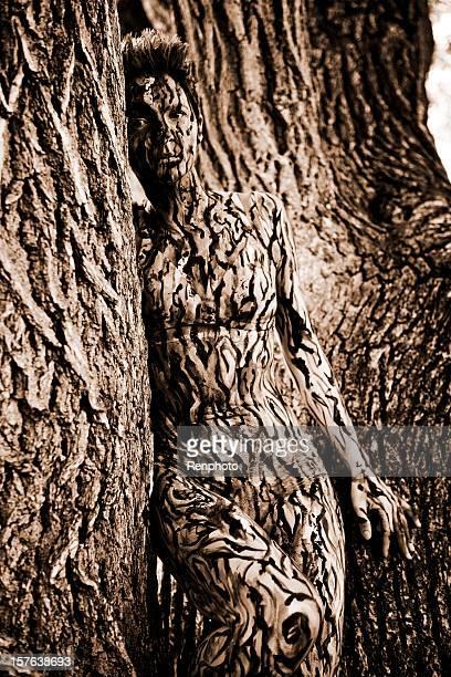 Peinture corporelle: Camouflage arbre