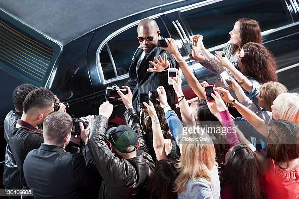 Leibwächter Schutz der celebrity von paparazzi