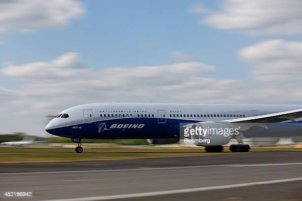 A Boeing 7879 Dreamliner aircraft produced by Boeing Co takesoff to perform in an aerial flying display on the second day of the Farnborough...