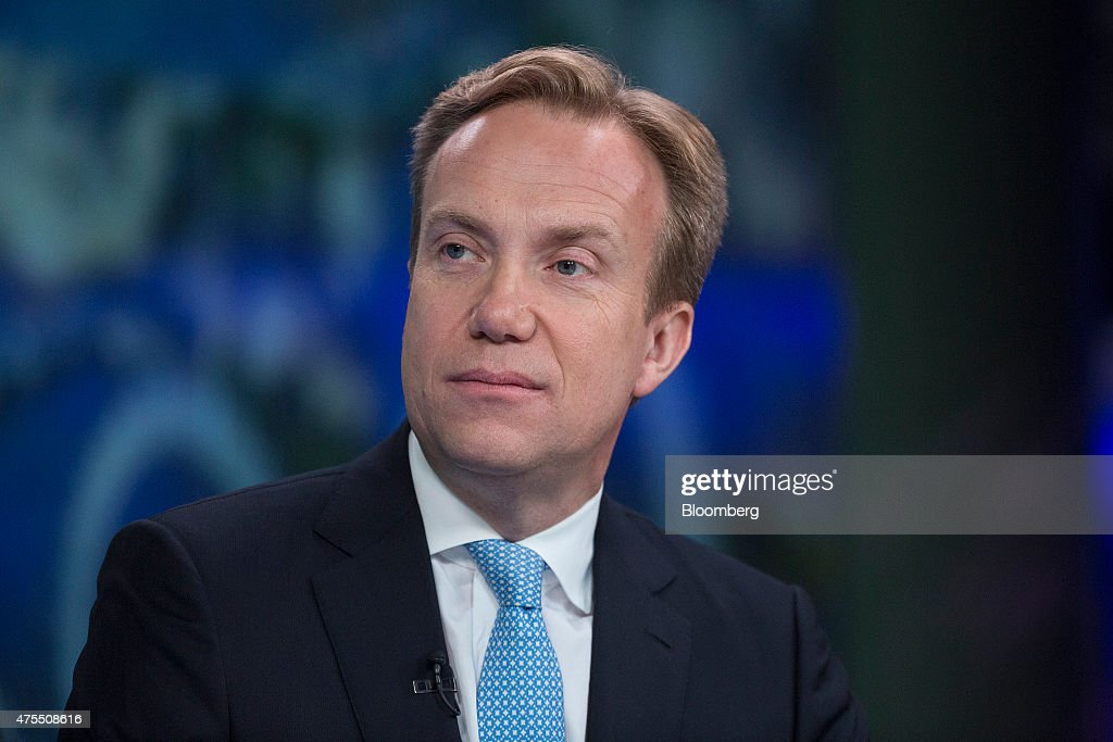 Boerge Brende, Norway's foreign minister, pauses during a Bloomberg Television interview in London, U.K., on Monday, June 1, 2015. 'It's in Europe's interest that Britain stays' in the European Union, according to Brende. Photographer: Simon Dawson/Bloomberg via Getty Images