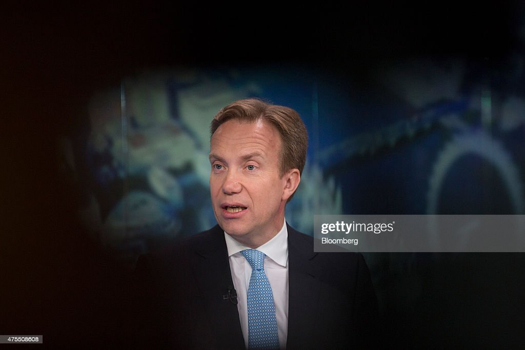 Boerge Brende, Norway's foreign minister, speaks during a Bloomberg Television interview in London, U.K., on Monday, June 1, 2015. 'It's in Europe's interest that Britain stays' in the European Union, according to Brende. Photographer: Simon Dawson/Bloomberg via Getty Images