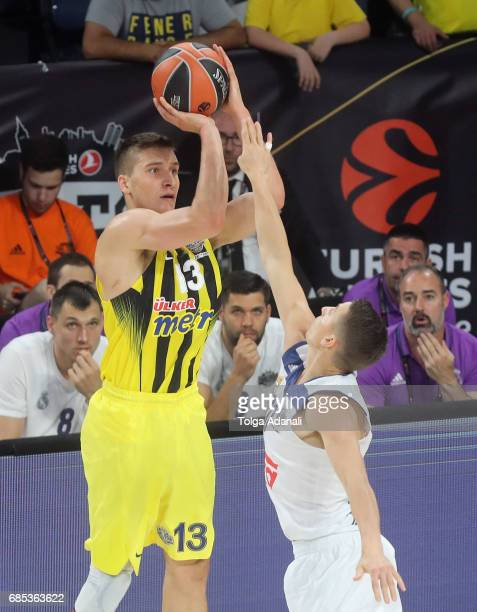 Bogdan Bogdanovic #13 of Fenerbahce Istanbul in action during the Turkish Airlines EuroLeague Final Four Semifinal A game between Fenerbahce Istanbul...