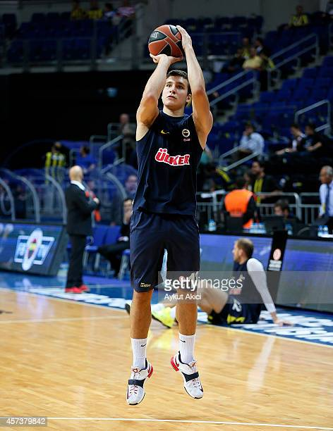 Bogdan Bogdanovic #13 of Fenerbahce Ulker Istanbul in action during the 20142015 Turkish Airlines Euroleague Basketball Regular Season Date 1 between...