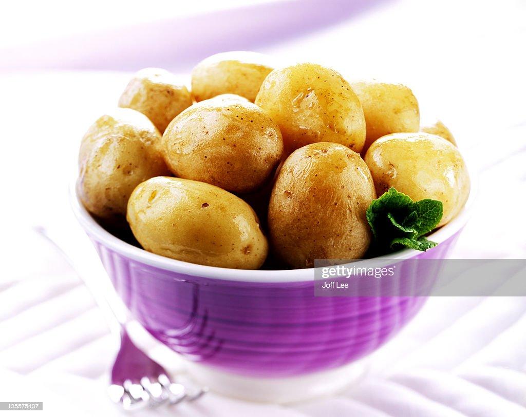 Boiled british new potatoes : Stock Photo