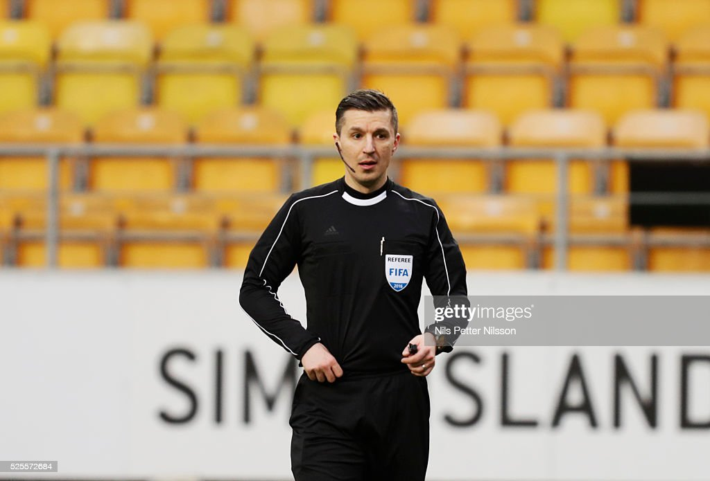 Bojan Pandzic, referee, during the Allsvenskan match between IF Elfsborg and Djurgardens IF at Boras Arena on April 28, 2016 in Boras, Sweden.