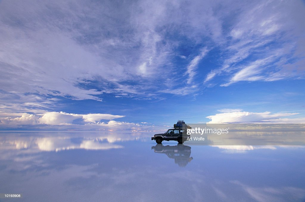 Bolivia, Salar de Uyuni, expedition vehicle