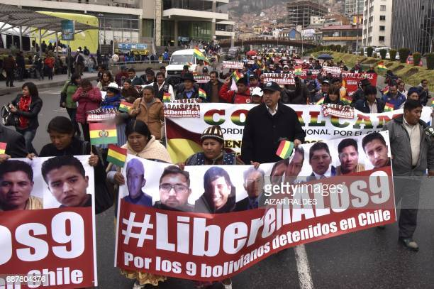 CORRECTION Bolivian indigenous women march from El Alto to La Paz on May 24 2015 demanding the release by Chile of nine Bolivians arrested in Iquique...
