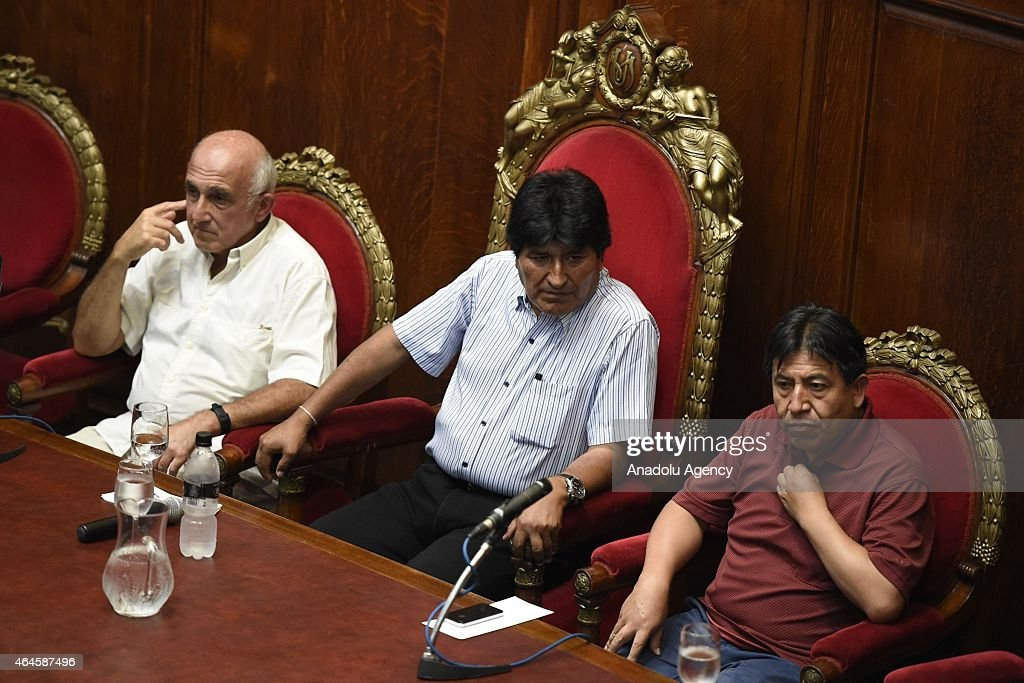 Bolivian President <a gi-track='captionPersonalityLinkClicked' href=/galleries/search?phrase=Evo+Morales&family=editorial&specificpeople=272981 ng-click='$event.stopPropagation()'>Evo Morales</a> (C) seen next to Bolivian Foreign Minister <a gi-track='captionPersonalityLinkClicked' href=/galleries/search?phrase=David+Choquehuanca&family=editorial&specificpeople=589843 ng-click='$event.stopPropagation()'>David Choquehuanca</a> (R) during an event at Uruguay's University of the Republic in Montevideo, Uruguay on February 26, 2015.