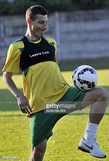 Bolivia's footballer Pablo Escobar takes part in a training session of the national team in Santa Cruz Bolivia on May 19 2015 ahead of the Copa...