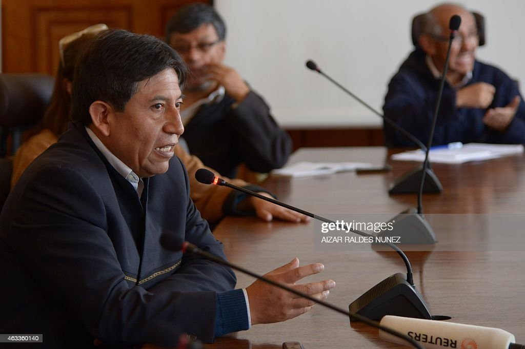 Bolivia's Foreign Minister <a gi-track='captionPersonalityLinkClicked' href=/galleries/search?phrase=David+Choquehuanca&family=editorial&specificpeople=589843 ng-click='$event.stopPropagation()'>David Choquehuanca</a> speaks during a press conference for foreign media in La Paz on February 13, 2015 referring to the of Bolivia with Chile. AFP PHOTO/Aizar Raldes