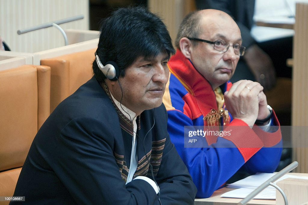 Bolivia's President Evo Morales on May 21, 2010 attends a meeting of the Sami Parliament next to President Egil Olli in Karasjok, Norway . The Sami parliament acts as an institution of cultural autonomy for the indigenous Sami people AFP Photo: Jan Morten Bjornbakk