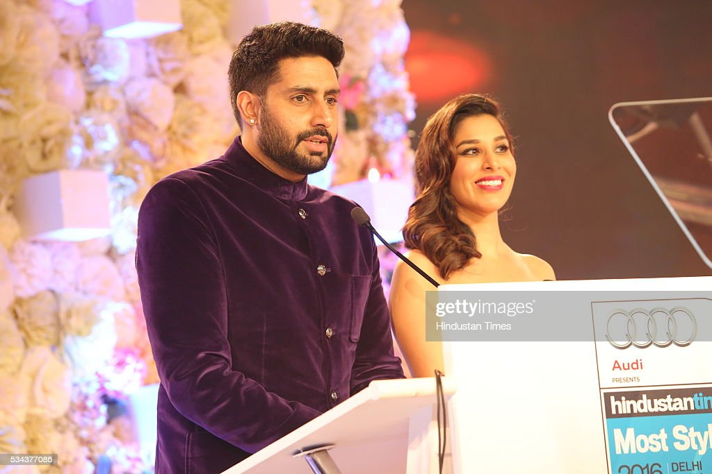 Bollywood actor Abhishek Bachchan with singer Sophie Choudry during a sixth edition of Hindustan Times Most Stylish Awards 2016 at Hotel JW Marriot, Aerocity on May 24, 2016 in New Delhi, India.