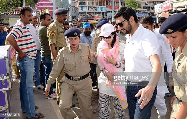 Bollywood actor Amisha Patel during her road show in the support of Congress candidate from Mandi Pratibha Singh on May 2 2014 in Mandi India Voting...