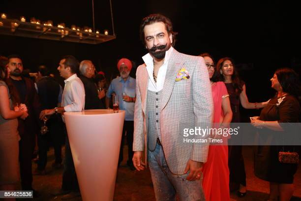 Bollywood actor and model Jas Arora during an art exhibition organised by veteran artist Satish Gujral on September 22 2017 in New Delhi India At the...