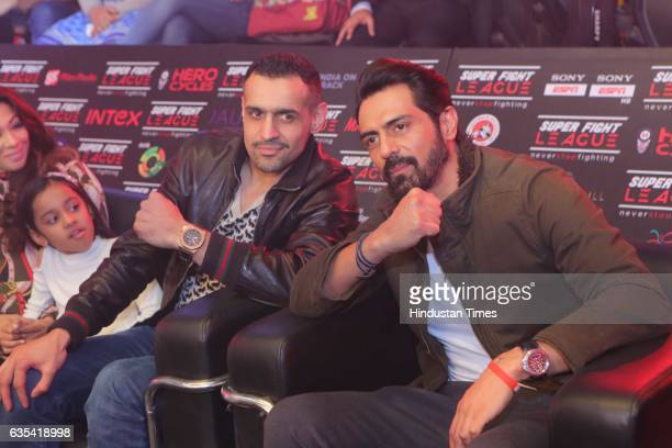 Bollywood actor Arjun Rampal and entrepreneur Bill Dosanjh during the Delhi Heroes vs SherePunjab Match of Super Fight League 2017 on February 10...