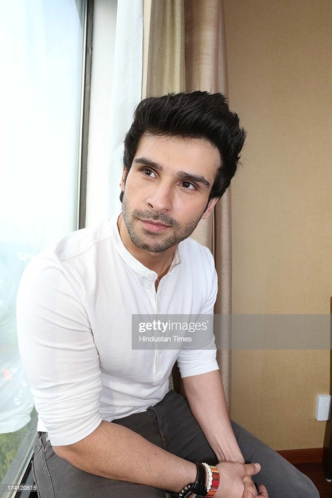 girish kumar taurani mother name