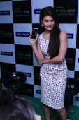 Bollywood actor Jacqueline Fernandez during the launch of HTC One Android smartphone at Star Mobitel Ltd South Extension PartI on May 29 2013 in New...