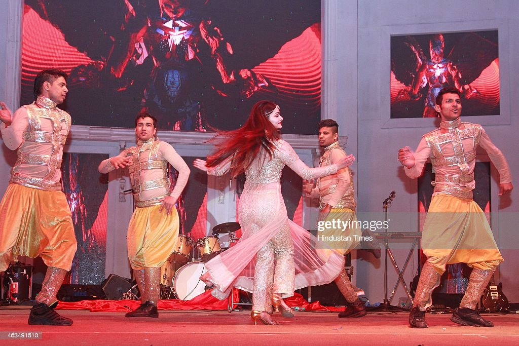 Bollywood actor Prachi Desai performs during the wedding reception of Shrey Aeren and Shaloo Aeren, hosted by Sanjeev Aeren and his wife Sunita Aeren at UMRAO on February 11, 2015 in New Delhi, India. The event was as managed by Touchwood Group. The venue had a Turkish lounge boasting of dancers from Turkey, and a lavish spread of the world cuisine. A band of bagpipers welcomed the guests at the entrance. The bride and groom made a grand entry in a largerthan-life Rio carnival-style, riding a vintage car, even as the sky lit up with fireworks.