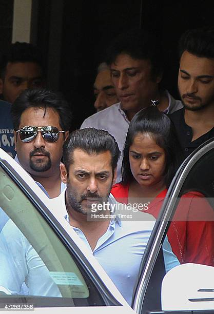 Bollywood actor Salman Khan leaves his residence for court to apply for bail after Bombay High Court suspends his sentence in the 2002 hitandrun case...