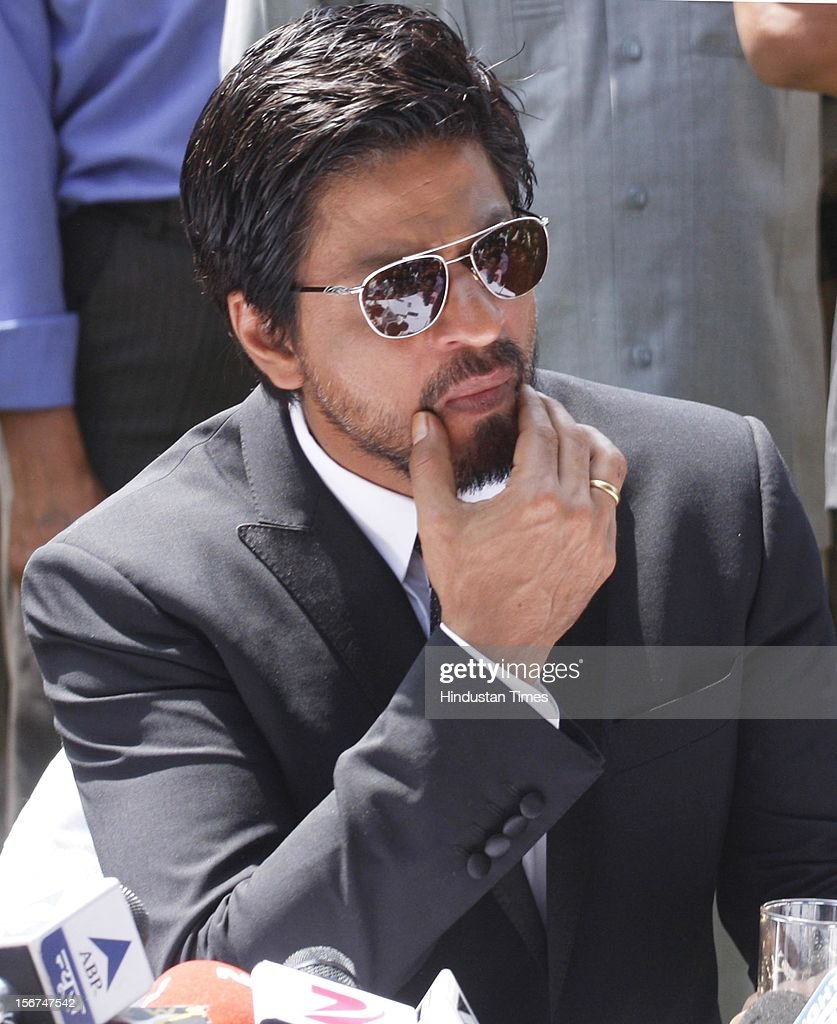 'SRINAGAR, INDIA - SEPTEMBER 6: Bollywood actor Shahrukh Khan adressing press conference on September 6, 2012 in Srinagar, India. (Photo by Waseem Andrabi/Hindustan Times via Getty Images)'