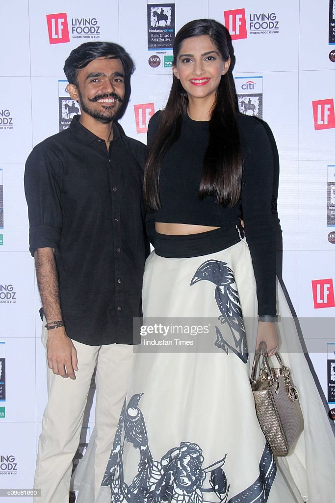 Bollywood actor Sonam Kapoor with Aditya Kulkarni, winner of the #TheBigLFDate contest organized by Living Foodz, the food and entertainment channel, the Hindustan Times Kala Ghoda Arts Festival on February 9, 2016 in Mumbai, India.