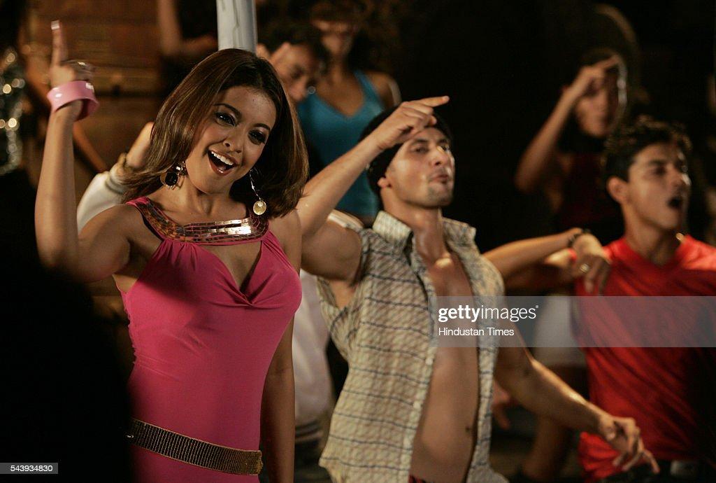 Bollywood actor Tanushree Dutta shooting for song