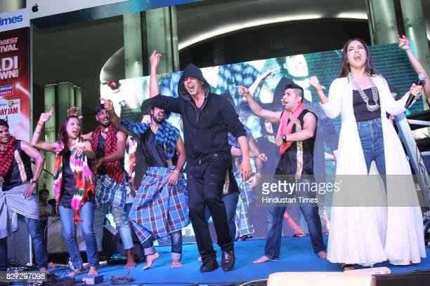 Bollywood actors Bhumi Pednekar and Akshay Kumar during the 4th season finale of Hindustan Times Friday Jam to promote upcoming film 'Toilet Ek Prem...