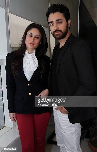 Bollywood actors Imran Khan and Kareena Kapoor attend a photocall to promote their upcoming film Ek Main Aur Ek Tu on February 8 2012 in New Delhi...