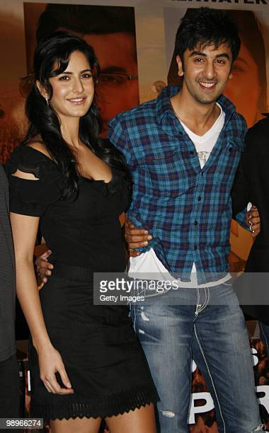 Bollywood actors Katrina Kaif and Ranbir Kapoor take part in a press conference for the movie 'Rajneeti' on May 8 2010 in Mumbai India 'Rajniti' is...